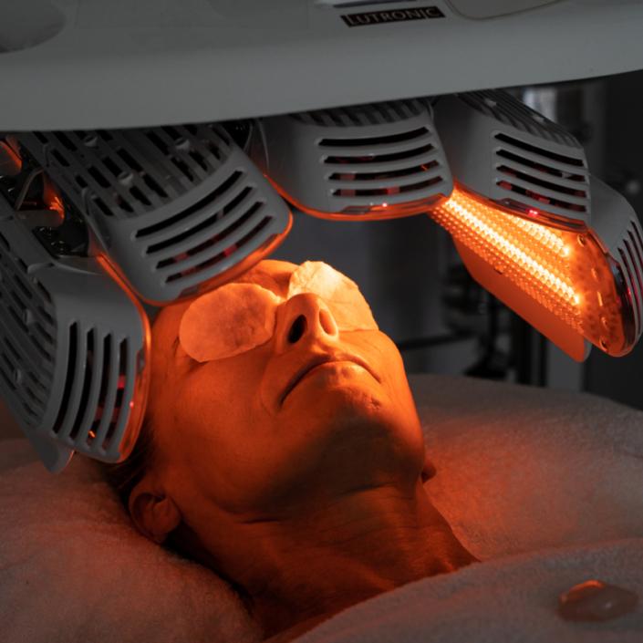 Healite LED Anti-Ageing Facial